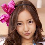 板野友美の現在の顔と夏菜のすっぴんが激似!?「同じところで整形?」との噂も…